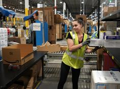 A small army of Amazon employees are tweeting nice things about the working conditions in the company\'s warehouses.  The Twitter accounts have a standardised format all bearing the Amazon smile logo as their background.  Amazon says these employees are called \