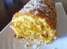 Torta coco 3 ovos 2 gemas 250g de açúcar … 100g de coco ralado 50g de margarina derretida raspa de 1 limão Bater os ovos, as gemas, o açúcar e a raspa de limão até estar tudo bem ligado. Juntar o coco e de seguida juntar a manteiga derretida, misturando bem. Forrar um tabuleiro com …