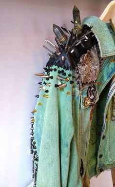 Items similar to KNOW YOUR RIGHTS // Restless Hands // Medium M // Denim Battle Jacket acid washed aqua mint green studs punk spike patches chains embroidery on Etsy Punk Fashion, Diy Fashion, Ideias Fashion, Fashion Design, Punk Mode, Moda Punk, Elegante Y Chic, Punk Jackets, Battle Jacket