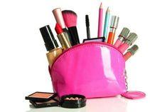 ¿Quieres tener un kit de maquillaje básico? ¿Nunca te has maquilado y quieres empezar? Aquí te recomiendo un kit de maquillaje básico para que puedas empezar.