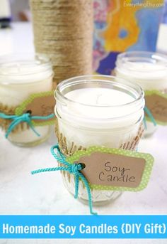 Homemade Soy Candles {DIY Gift} - EverythingEtsy.com #Christmas #diy