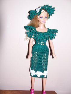 Main verte au crochet Barbie taille poupée robe par MarshaSueSews
