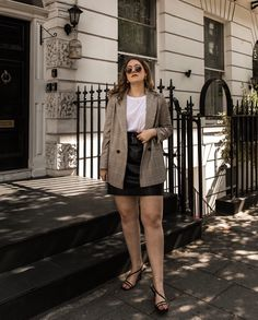 Curvy Outfits, Fall Outfits, Fashion Outfits, Minimal Outfit, Minimal Fashion, Facon, Looks Style, Parisian Style, Aesthetic Clothes