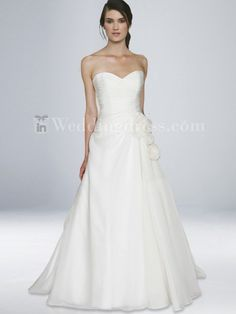 Inweddingdress BC479. Classic and stylish.