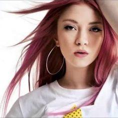Ece Seçkin - Folllow Me (Yasin Özkılınç Remix) Singer, Celebrities, Celebs, Singers, Celebrity, Famous People