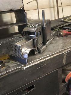 Welding Art Projects, Metal Art Projects, Metal Crafts, Welding Shop, Metal Welding, Heavy Metal Art, Scrap Metal Art, Model Truck Kits, Steampunk Furniture