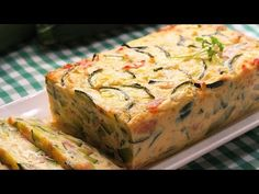 YouTube Quiches, Korean Cucumber Salad, What Is For Dinner, Chicken Salad Recipes, American Food, Sin Gluten, Gluten Free, Low Carb Recipes, Queso