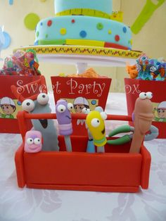 1000 images about birthday party ideas handy manny on for Handy manny decorations
