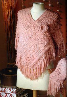 On dirait qu'ils reviennwent à la mode! pretty #crochet poncho