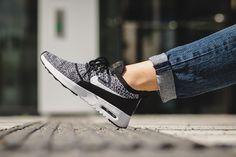 online store 117e0 e400e Nike Air Max Thea flyknit, nouveaux coloris rose et bleu glacier