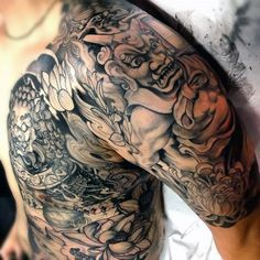 Looking for the best dragon tattoos? Dragon tattoo designs are very powerful symbols, especially within Asian culture. While in the Western world, the dragon tattoo can represent evil, danger and…View Backpiece Tattoo, Hawaiianisches Tattoo, Tattoo Foto, Wild Tattoo, Demon Tattoo, Warrior Tattoos, Badass Tattoos, Ankle Tattoo, Great Tattoos