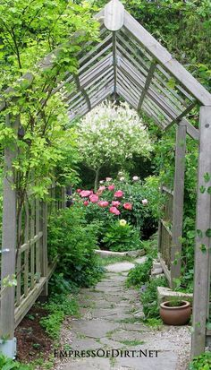 Rose arbor with arch - see 20+ arbor, trellis, and obelisk ideas for your garden.