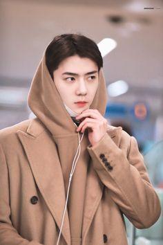 Sehun [HQ] 191213 Incheon Airport, Departing for Kuala Lumpur Lay Exo, Exo Kai, Park Chanyeol, Kris Wu, Baekhyun, Kpop Exo, K Pop, Got7, Sehun Cute