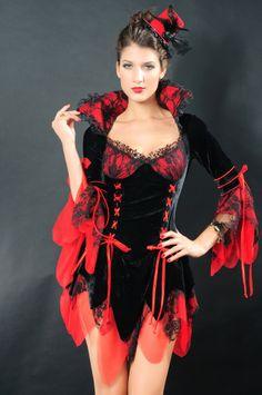 Charming La Vampira De Noche Costume