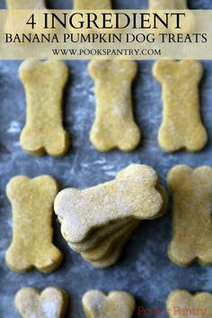 Healthy Dog Treats Pumpkin Banana Dog Treats - Pook's Pantry - Easy, home banana pumpkin dog treats. Puppy Treats, Diy Dog Treats, Healthy Dog Treats, Soft Dog Treats, Sweet Potato Dog Treats, Dog Biscuit Recipes, Dog Treat Recipes, Dog Food Recipes, Homemade Dog Cookies