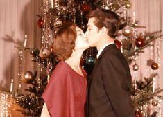 Mercedes Sosa, Sweet Kisses, Alain Delon, Vintage Love, Happy Holidays, Merry Christmas, Seasons, Bubble Gum, Couple Photos