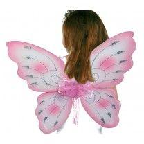 Ein 2er- Set zauberhafter Elfenflügel in zartem rosa und kräftigem pink! Der mit leichtem Textil bespannte Draht hat kaum Gewicht und lässt sich somit lange auf dem Rücken tragen und entführt die kleinen Feen in die weite Welt der Fabeln und Sagen! ca. 68 x 52 x 2,5 cm