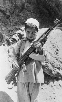 Earliest War Photography From Afghanistan Afghanistan War, Iraq War, History Magazine, War Photography, Army Love, Asian History, Cold War, World War Two, Historical Photos