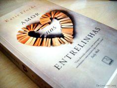 Esse livro é uma fofura, uma ode ao mundo dos livros! ♥