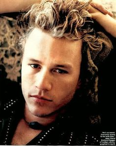 heath ledger He was such a great actor. What a loss. Heath Legder, Heath Ledger Joker, Beautiful Soul, Beautiful People, Pretty People, You Are My Moon, Male Pattern Baldness, Cute Actors, Attractive Men