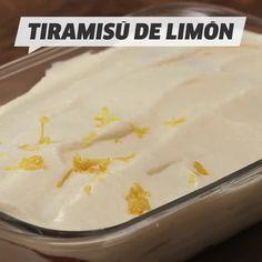 Here's a lemony twist on the classic espresso tiramisu! Easy Pie Recipes, Fun Baking Recipes, Pumpkin Recipes, Sweet Recipes, Cooking Recipes, Mango Dessert Recipes, Lemon Desserts, Mexican Food Recipes, Cakes That Look Like Food