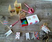 Altered vintage matchbox with a birthday party inside, via Etsy. Matchbox Crafts, Matchbox Art, Homemade Gifts, Diy Gifts, Vintage Birthday Cards, Tin Art, Pink Candles, Party In A Box, Little Boxes