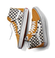 Vans releases the Spring retro Checkerboard collection, paying homage to an iconic motif and commemorating 50 years of Vans heritage. Tenis Vans, Vans Sneakers, Best Sneakers, Vans Sk8, Vans Shoes, Sneakers Fashion, High Top Sneakers, Converse, Sock Shoes