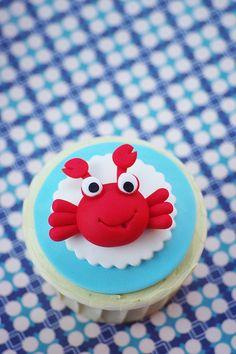 Funny crab cupcake by baa baa bake, via Flickr Crab Cupcakes, Summer Cupcakes, Animal Cupcakes, Pretty Cupcakes, Sweet Cupcakes, Cupcake Cookies, Fancy Cakes, Cute Cakes, Cupcakes Bonitos