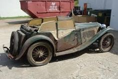 MG - now that's a find! Classic Sports Cars, British Sports Cars, Classic Cars, Old Vintage Cars, Antique Cars, Junkyard Cars, Mg Cars, Rusty Cars, Abandoned Cars