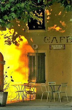 ❤❤❤ Yellow Cafe