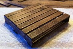 DIY Mini Pallet Coasters - only need a hot glue gun and popsicles sticks! So easy!