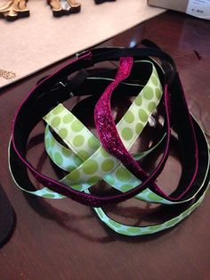 DIY non slip headbands for running. Because Sweaty Bands are so expensive!