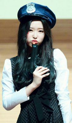 who is olivia ( Sooyoung, First Girl, My Girl, South Korean Girls, Korean Girl Groups, Rabbit Colors, Olivia Hussey, Singing In The Rain, Olivia Hye