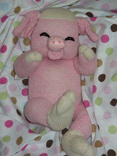 Patrón de PDF con las fuentes bebé calcetín cerdo