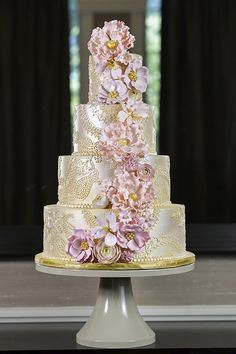 Beautiful gold and blush cake with sugar flowers and intricate piping! Wedding Cake Bakery, Fondant Wedding Cakes, Themed Wedding Cakes, Candy Cakes, Cupcake Cakes, Beautiful Cakes, Amazing Cakes, Ambrosia Cake, Vanilla And Chocolate Cupcakes