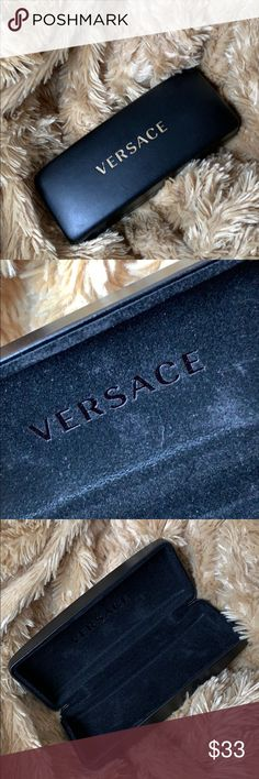 537f3ba0bea8e 🍭Versace Eyeglass case Small Versace Eyeglass Case Perfect for reading  glasses... Like