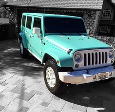 jeffree star 39 s custom matte tiffany blue jeep jeep pinterest blue jeep everything and bananas. Black Bedroom Furniture Sets. Home Design Ideas