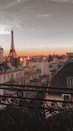 Paris Photography, Nature Photography, Travel Photography, Eiffel Tower Photography, Aerial Photography, City Aesthetic, Travel Aesthetic, Cream Aesthetic, Aesthetic Backgrounds
