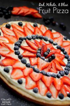 Easy Dessert Recipe for Memorial Day and … Red, White, & Blue Fruit Pizza Recipe! Easy Dessert Recipe for Memorial Day and of July! Brownie Desserts, Oreo Dessert, Mini Desserts, Coconut Dessert, Summer Desserts, Easy Desserts, Dessert Recipes, Dessert Pizza, Healthy Desserts