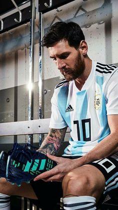 Same studs as mine ❤️❤️❤️ Neymar, Lional Messi, Messi Soccer, Messi Argentina, Premier League, Cr7 Junior, Lionel Messi Wallpapers, Argentina National Team, Messi Photos