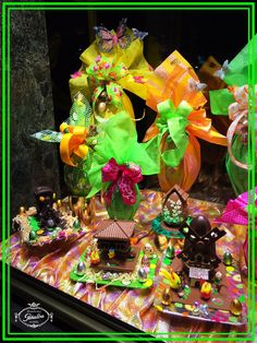 Una parte de nuestro escaparate especial Pascua... Os gusta?  #bombonespeñalba #bombones #oviedo #chocolat #chocolate #chocoholic #instafood #pascua