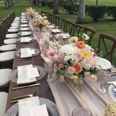 INSPIRATION | pretty blooms on gorgeous blushing table runner!