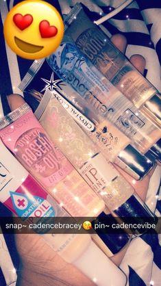 Keep ya lips popping! Lip Care, Body Care, Beauty Care, Beauty Skin, Gloss Labial, Best Lip Gloss, Glow Up Tips, Body Hacks, Perfume