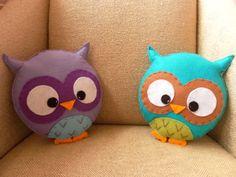 Adorable owl pillows!