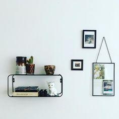 #kwantuminhuis Wandrek MELITO @mien_huis Daft Punk, Floating Shelves, My House, Instagram Posts, Home Decor, Decoration Home, Room Decor, Wall Storage Shelves, Interior Decorating
