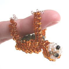 Beaded Sloth by JacksonsBeadwork on Etsy