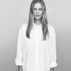 New Season – Australian label Jac + Jack enlists one of its own for the brand's spring 2013 campaign starring Emma Balfour. The blonde model who also serves as… Thats Not My Age, The Beauty Chef, Beyond Skin, Blonde Model, Minimal Classic, Classic Beauty, Summer Outfits, Celebrities, How To Wear