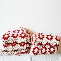Spring Inspiration - The Crochet Factor Crochet Diy, Crochet Afgans, Cotton Crochet, Crochet Home, Love Crochet, Beautiful Crochet, Crochet Crafts, Crochet Projects, Crochet Blankets
