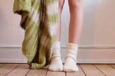 hæklede sokker, gratis opskrift, gratis hækleopskrift, diy, hækling, hæklede strømper, sokker, uldsokker, garn, nemme hækleopskrifter, hækleopskrift for begyndere, hækleopskrift sokker, lette hækleopskrifter,