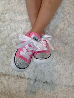 Diamonds are a Girl's Best Friend. Treat your little one to exclusive custom designed Bling Converse sneakers. Made with Swarovski Crystals not plastic diamonds! High Tops available in reg converse Zapatos Bling Bling, Bling Converse, Bling Shoes, Pink Bling, Prom Shoes, Converse Sneakers, Canvas Sneakers, Peppa Pig Birthday Outfit, Moana Birthday Outfit